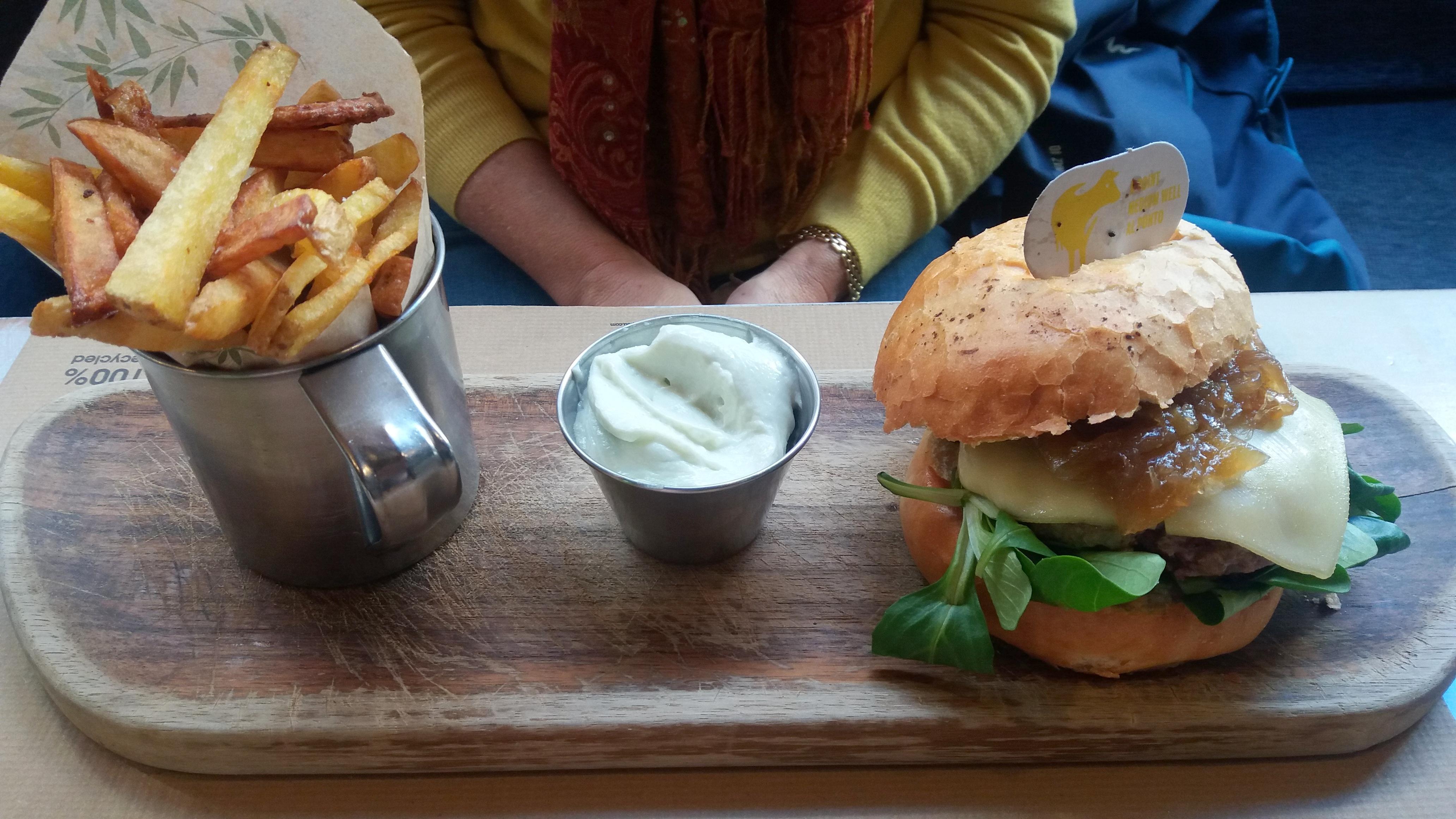 gourmet burgers in Malaga at Noviembre