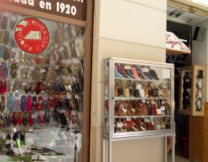 traditional shopping in Malaga for shoes