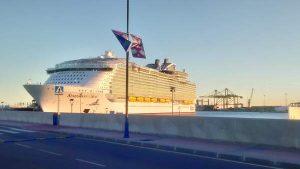 Malaga cruise ships
