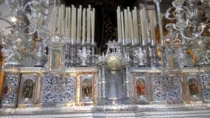 See the thrones close up one of the things to do in Malaga at Easter