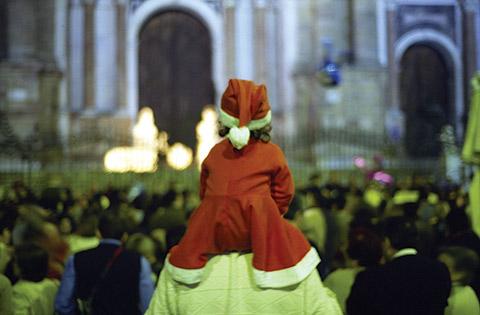 child watching parade