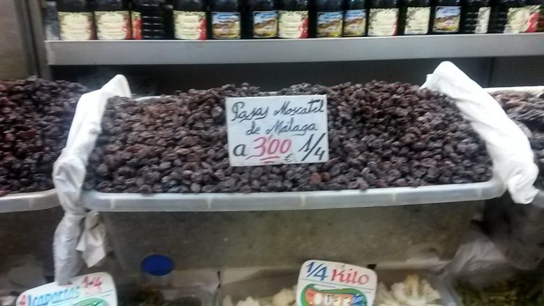 Malaga raisins on sale in Atarazanas Market