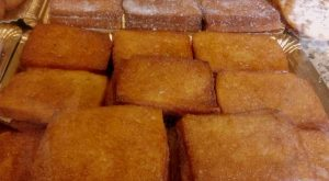 things to do in Malaga in April try torrijas
