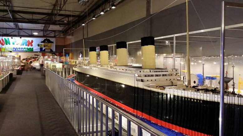 model of the Titanic at the Lego exhibition in Malaga