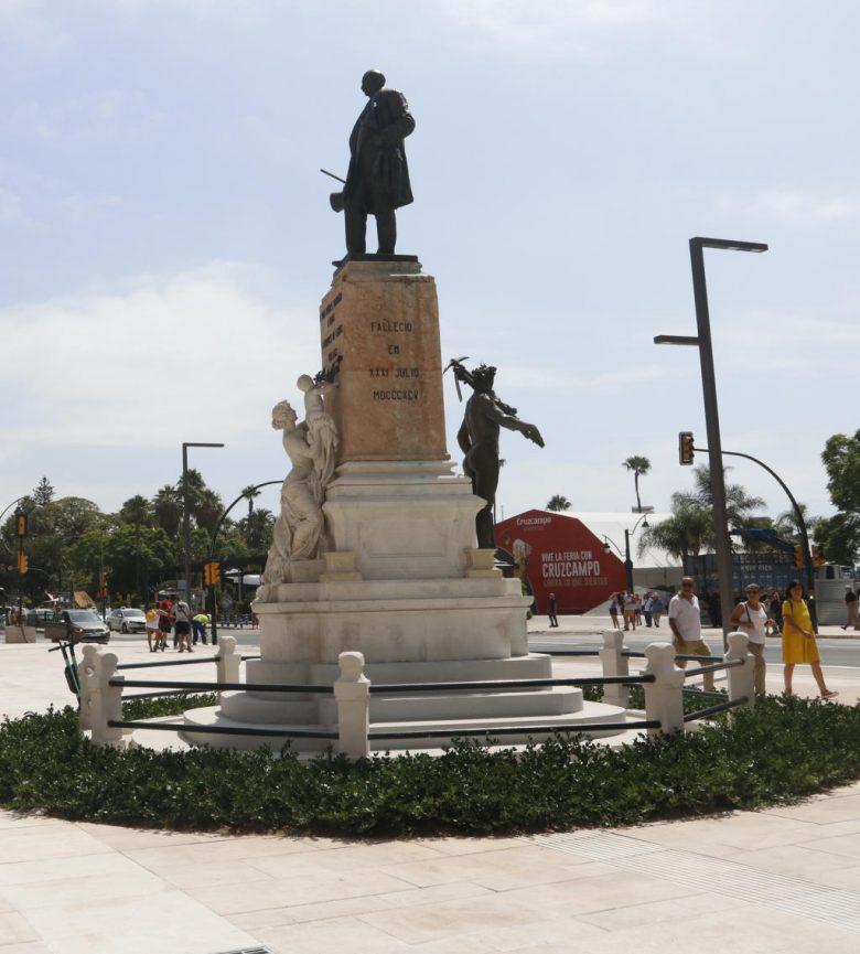 Marques de Larios statue on Alameda Principal Malaga